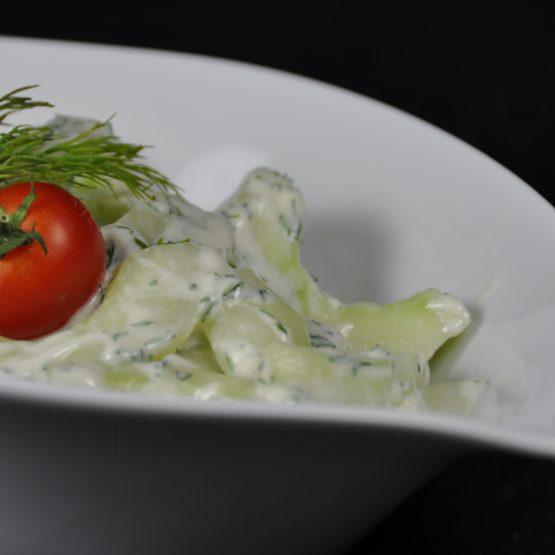 salade de concombre plat