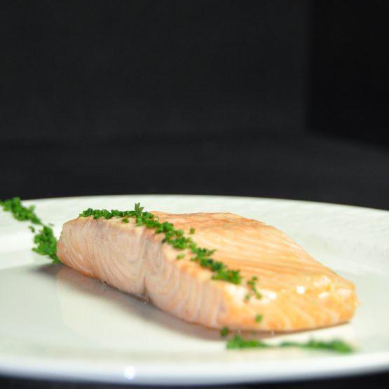 dos de saumon poché plat