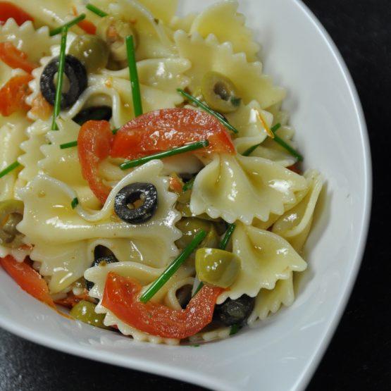 salade farfale olive tomate